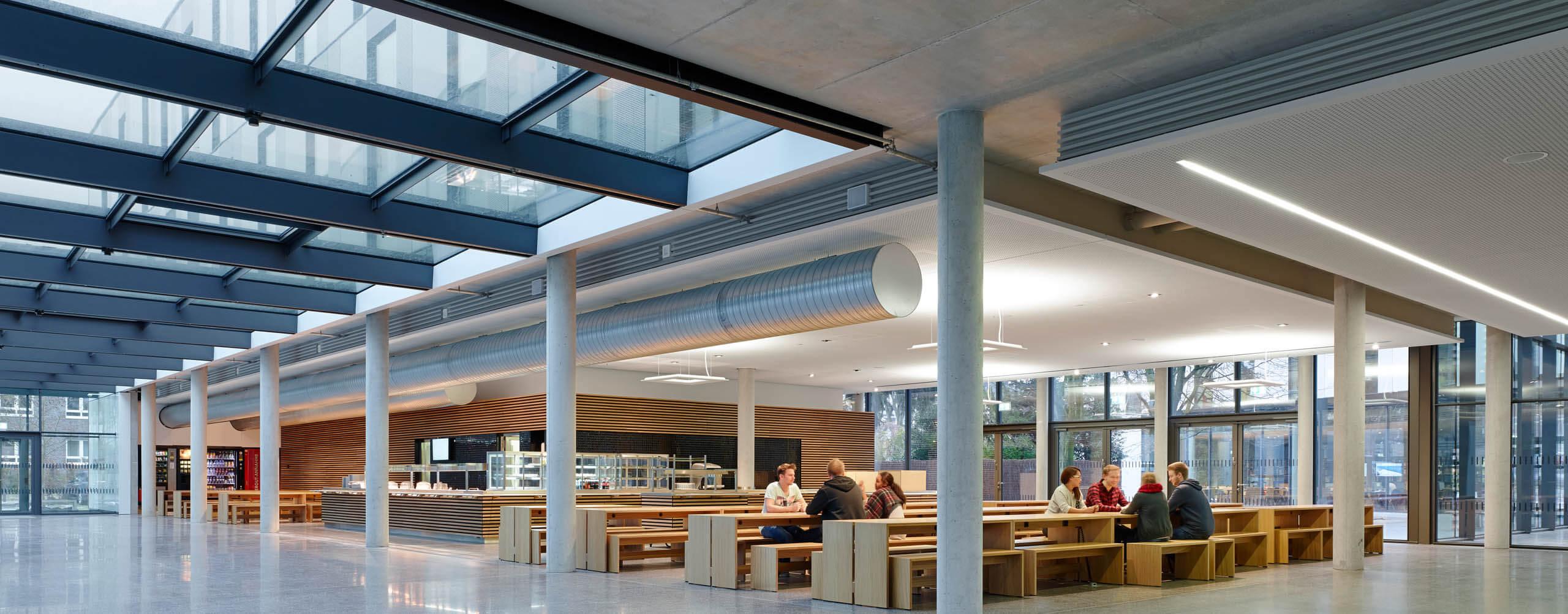 Never-Stop-Growing - Mensa Campus Bottrop